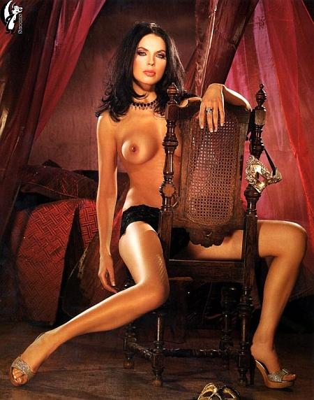 Знайти еротичні та оголені фотки російських та українських знаменитостей безкоштовно фото 102-670