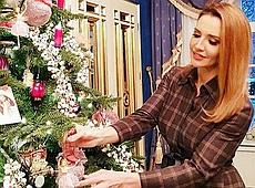 Скандальна телеведуча Оксана Марченко похвалилася як готується до новорічних свят (фото)