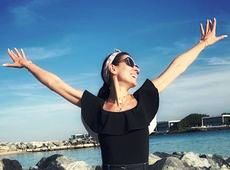 Телезірка Маша Єфросиніна показала свої канікули в ОАЕ (фото)