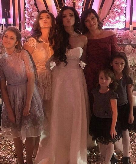 Привлекательная свадьба львовского депутата поразила сеть