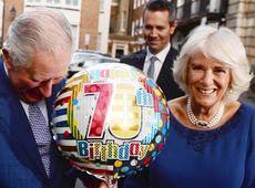 Повітряна кулька та Меган із Кейт у діамантах: як принц Чарльз 70-річчя святкував (фото)
