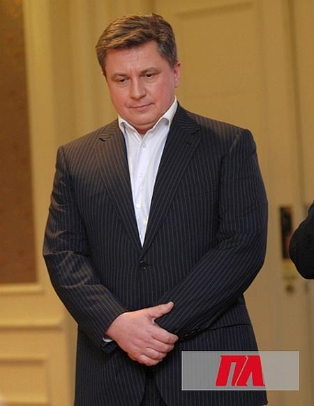 алексей азаров биография фото последнее время