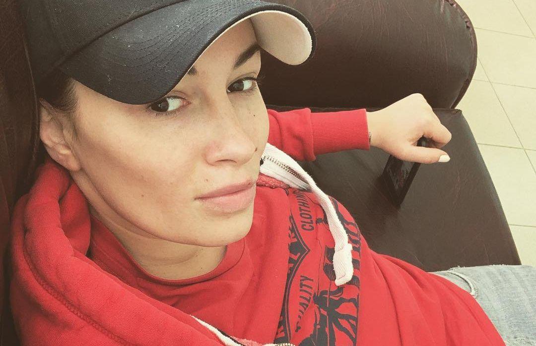 Соратниця Юлії Тимошенко на тренажерах засвітила нову зачіску (фото)